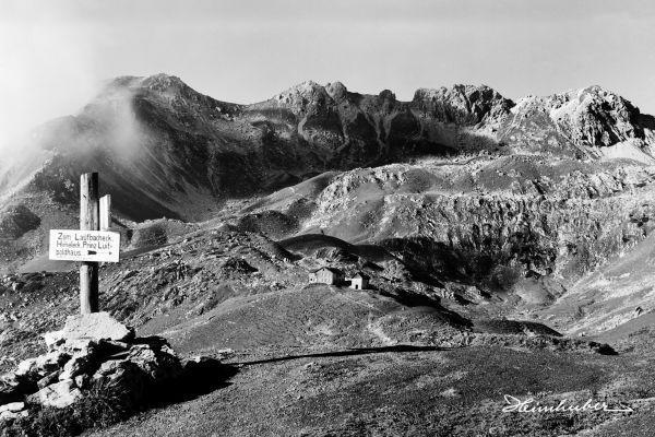Wegweiser am Nebelhorn