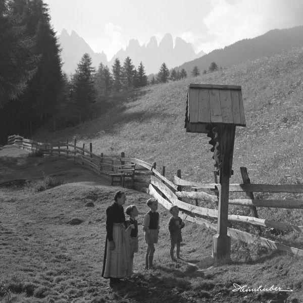 Buben am Feldkreuz