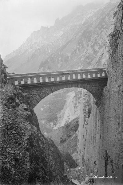 Hölltobelbrücke am Flexenpass
