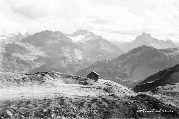 Bergpanorama mit Ulmer Hütte
