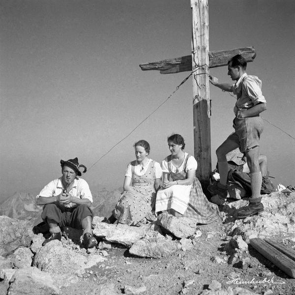 Gipfelrast 1936