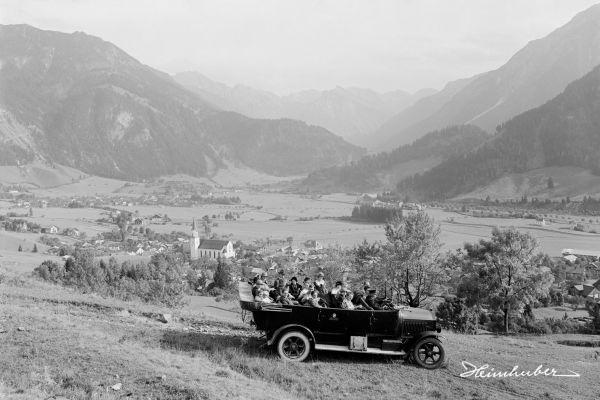 Postbus vor Hindelang, 1926