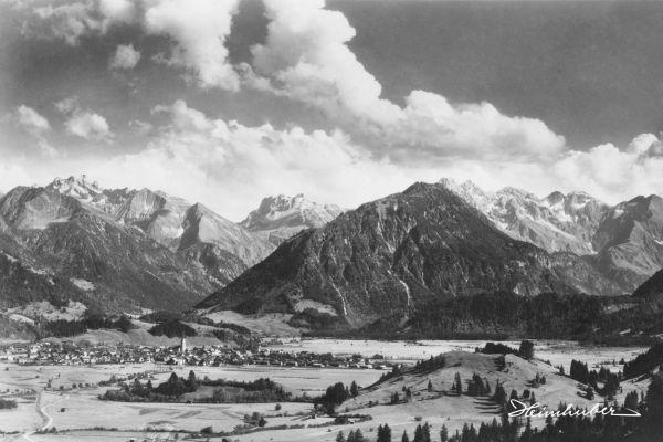 Oberstdorf mit Wolkenspiel