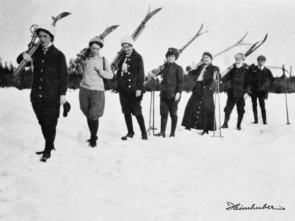 Auf dem Weg zum Skikurs
