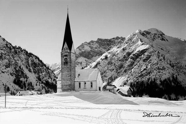 Bergkirche im Winter