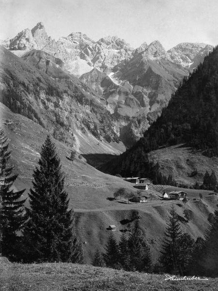 Einödsbach aus der Ferne