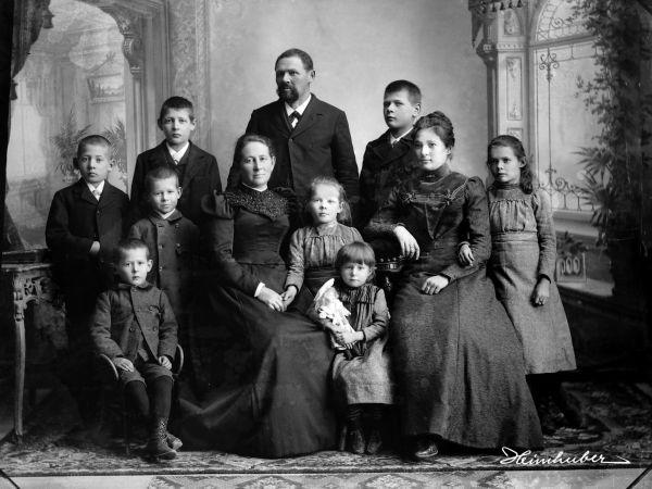 Familienportrait im Studio 1908