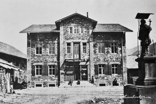 Altes Heimhuber Geschäftshaus