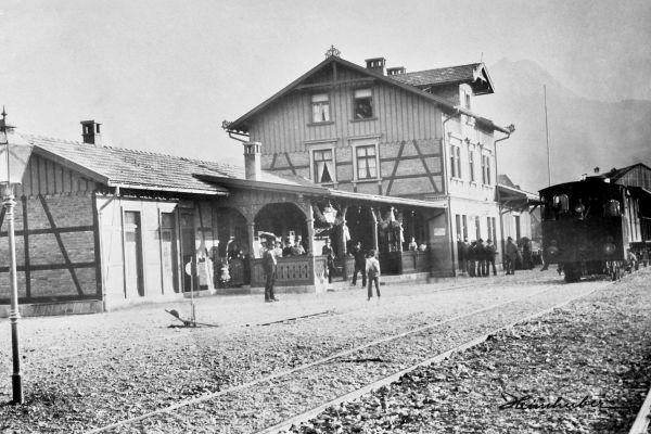 Bahnhof mit Wagon