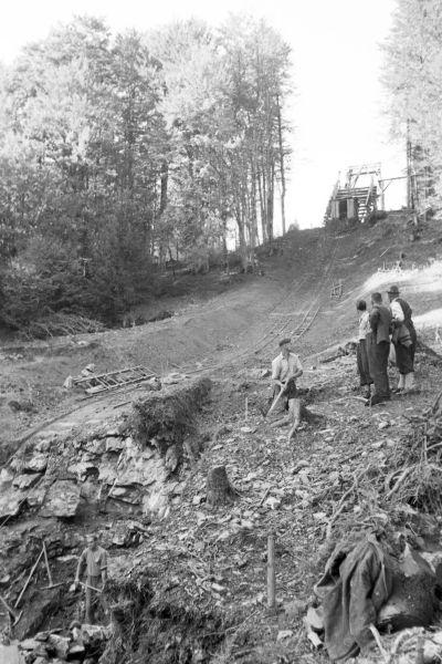 Bau des Anlaufturms der Skiflugschanze Oberstdorf